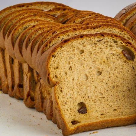 Chompie's Low Carb Cinnamon Raisin Bread 453g