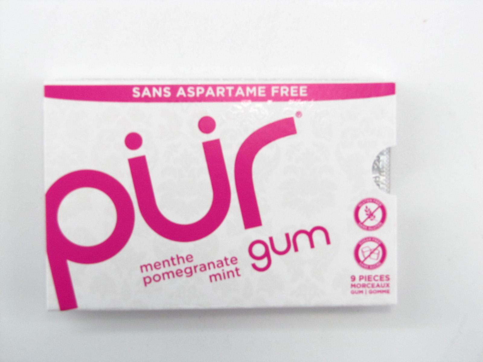 Pur Gum - Pomegranate Mint - front view