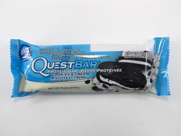 Quest Protein Bar - Cookies & Cream - front view